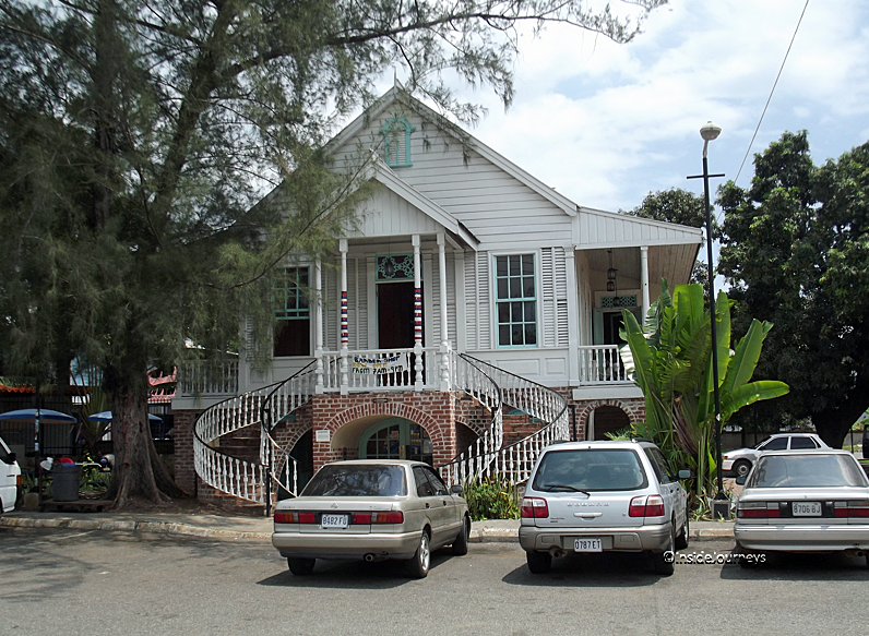 Oakton House