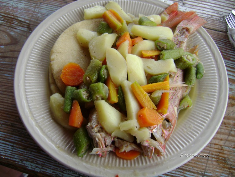 Steamed fish with vegetables